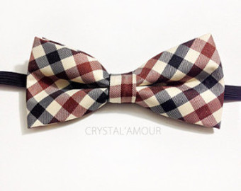 Pre-tied bow tie: suspiciously perfect. Avoid.
