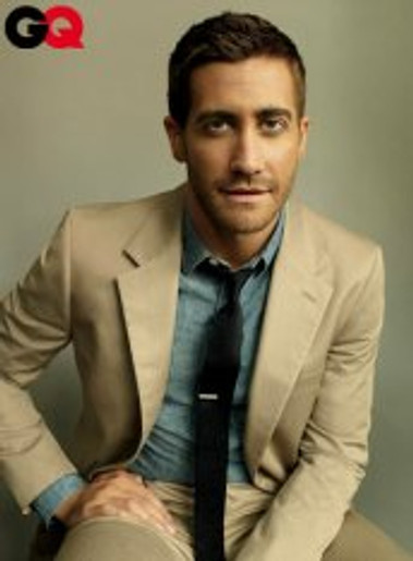 Chambray: Good enough for Jake Gyllenhaal. Good enough for you.