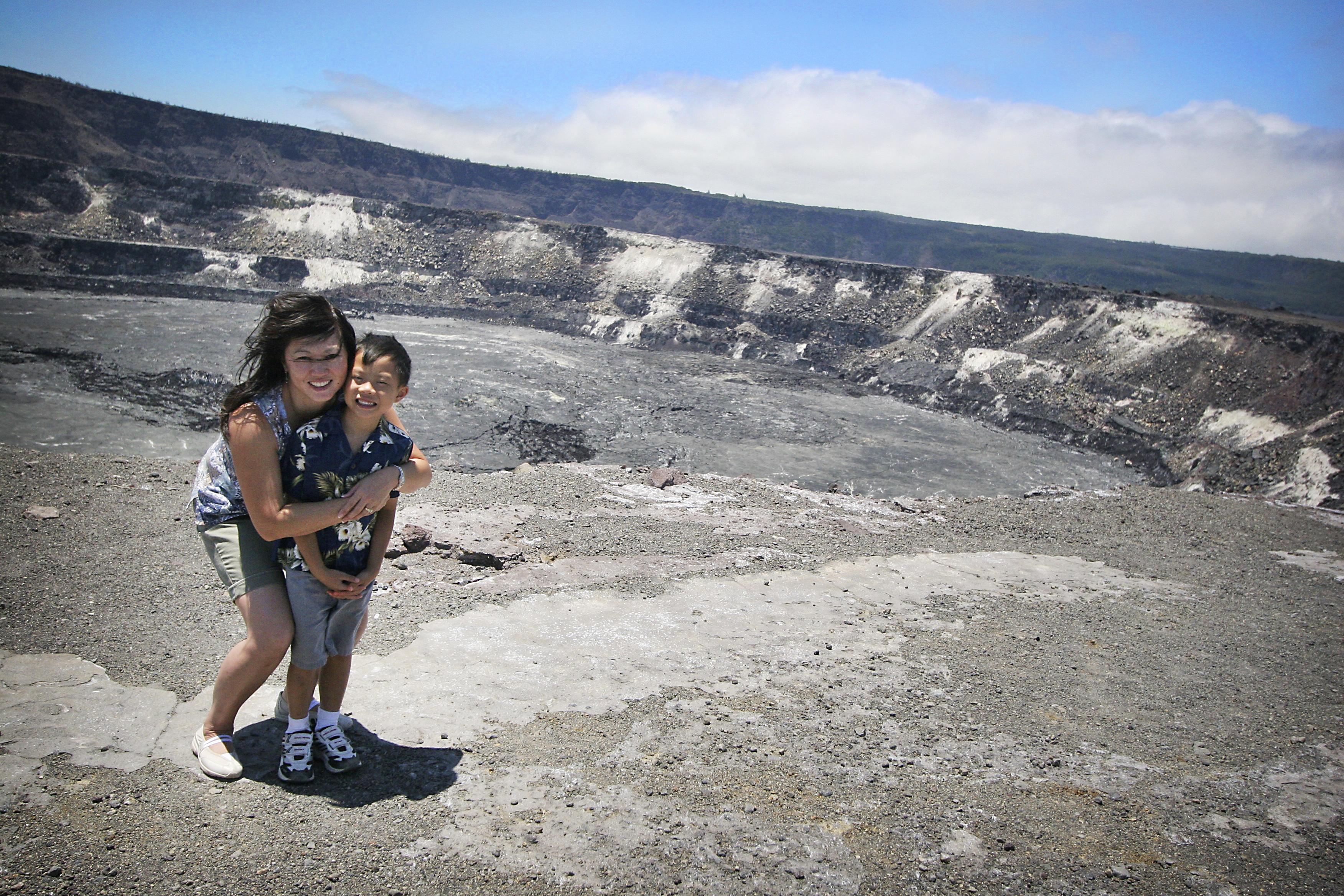 Crater Halema'uma'u