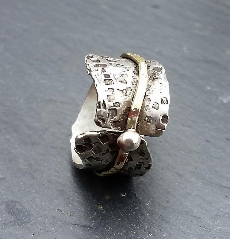 mtj18065-hammered-gold-wrao-white.jpg