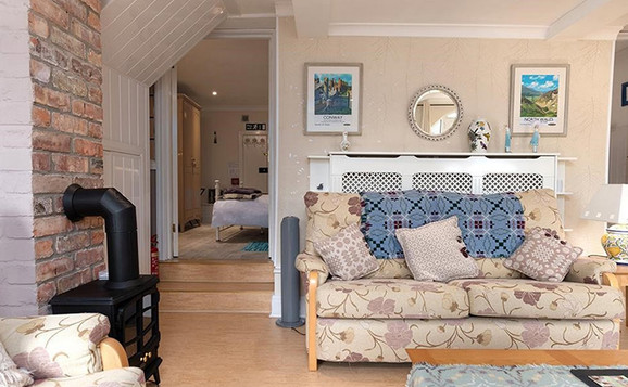 HolidayLet-_0015_TheGardenRooms.jpg