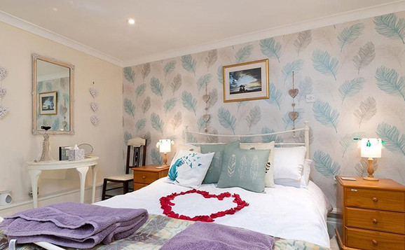 HolidayLet-_0021_TheGardenRooms.jpg