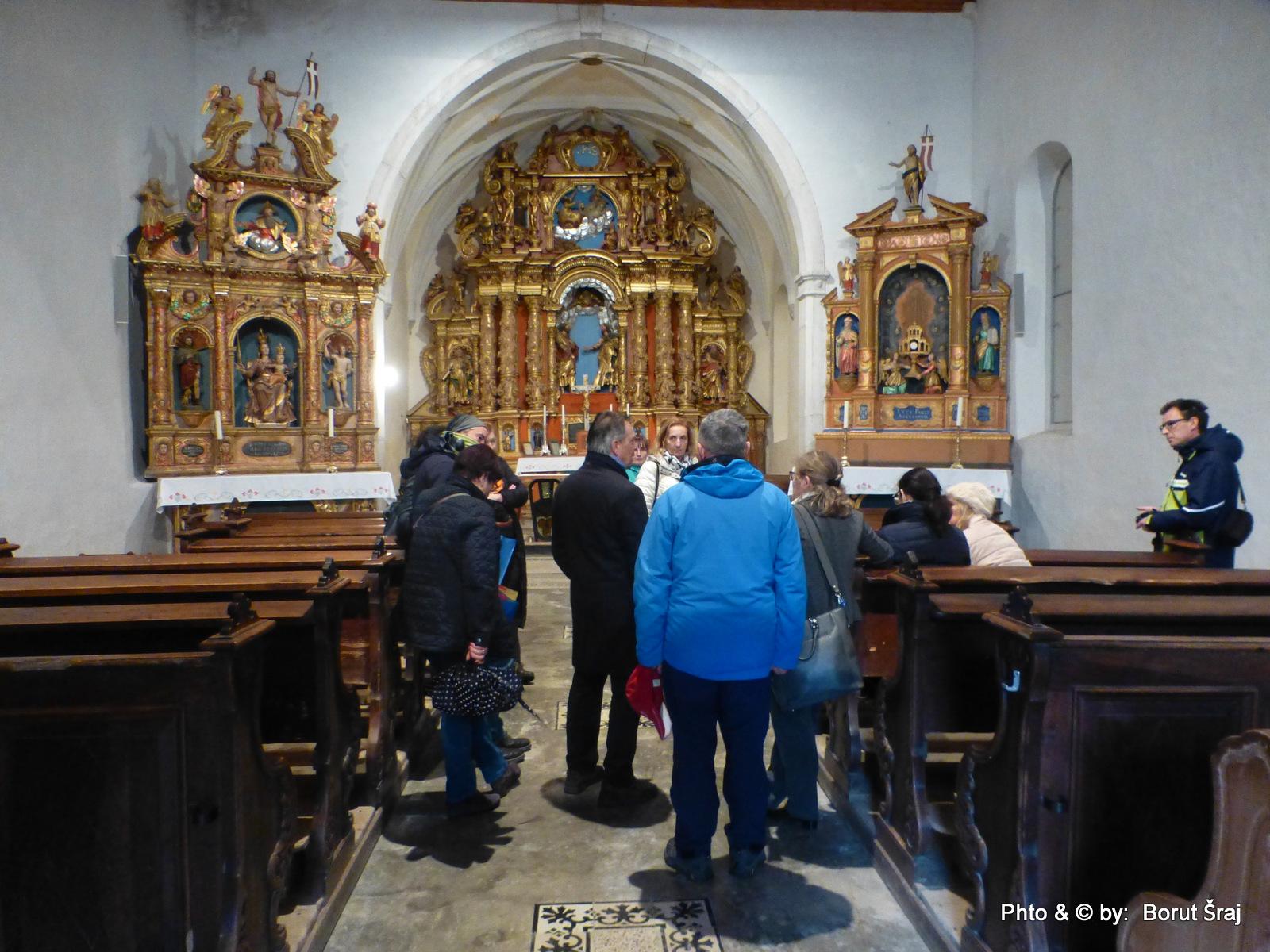 Poglobljena debata o zlatih oltarjih na