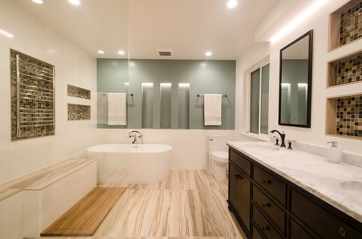modern-glass-bathroom-001-L.jpg