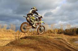dirt-bike-209489_640.jpg