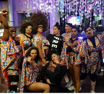 Hot Brown Honey star weavers & supporters