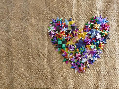 Avant Card. Star heart. Photo_ Mark Yettica-Paulson