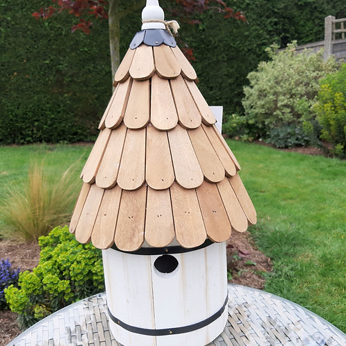 Wall mounted Dovecote Style Bird House. Approx 50cm x 19cm x 8cm