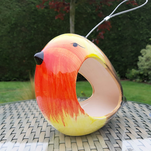 Robin Ceramic Hanging Bird Feeder. Approx 16cm x 20cm x9cm