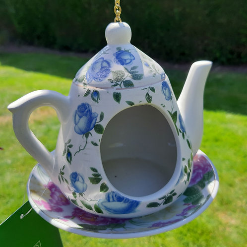 Classic Pattern Hanging Teapot Bird Feeder. Approx 13cm x 15cm