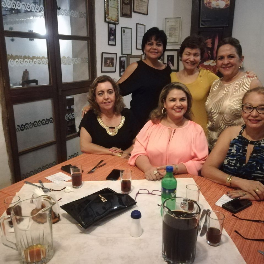 Ruth y amigas