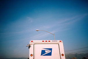mail-truck-lomo-1513249-1279x852.jpg