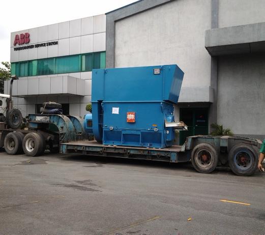 Heavy lift Trucking