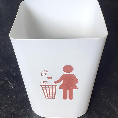 Childrens bedroom rubbish bins