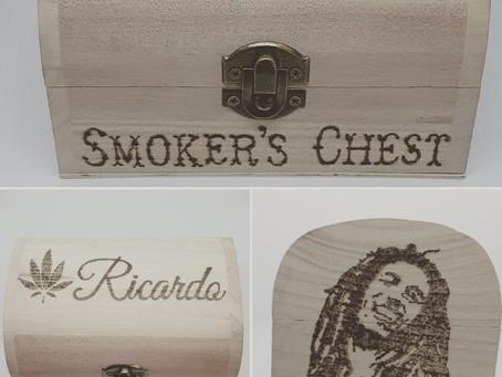 Vivid Vinyls Personalised Smokers Chest