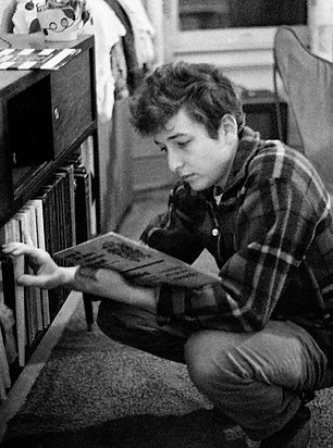 bob-dylan-records.jpg