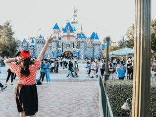 Jolene goes Back to Disneyland - Cast Member Preview