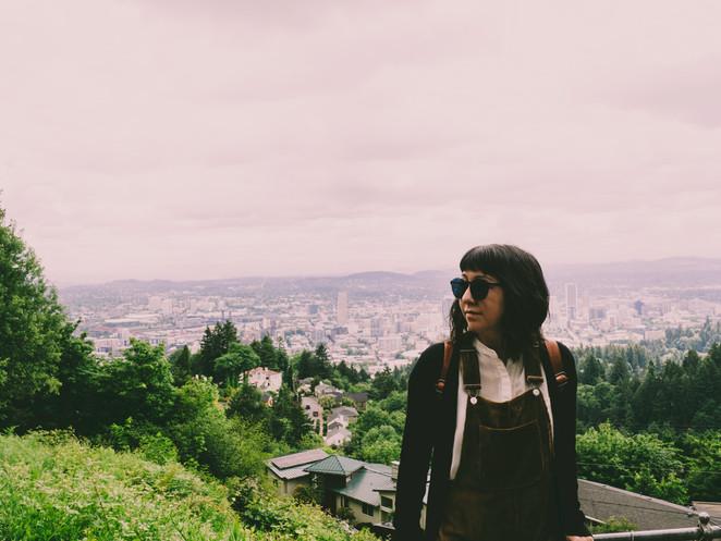 Jolene goes to Portland (Oregon)