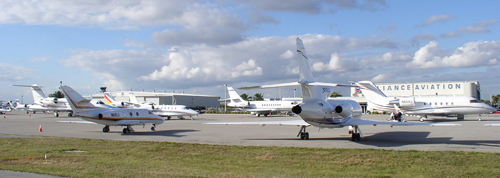 Aeropuerto ejecutivo de Tamiami • Tamiami Executive Airport