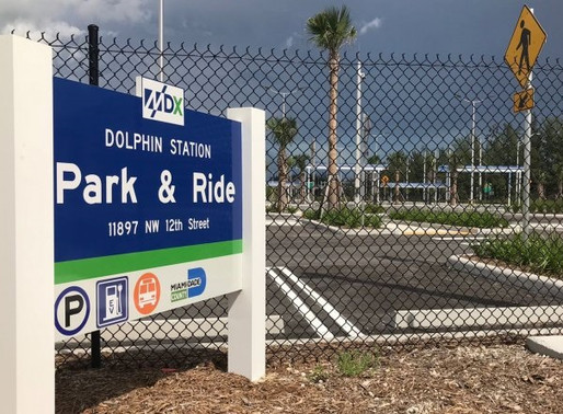 Parada de Autobuses Estación Dolphin ● Dolphin Station Park and Ride