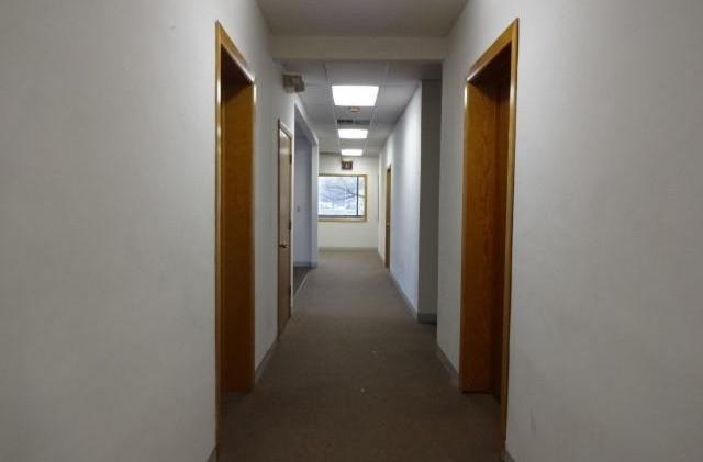 P_cmls_8531822387802862047_hallway.JPEG
