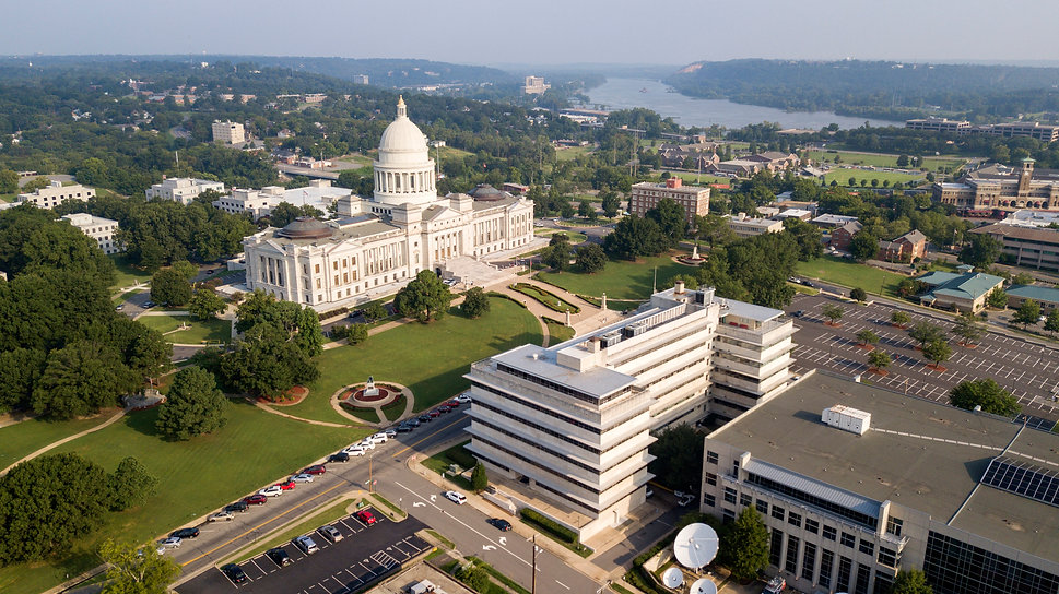 The State Capitol of Little Rock stands