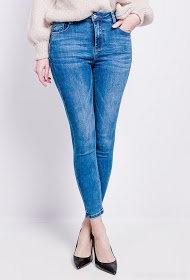 Jean skiny