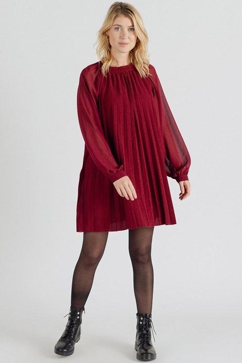 Robe courte bordeaux plissée
