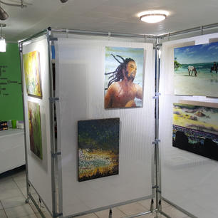 Solomon Studio, Cayman Brac 3
