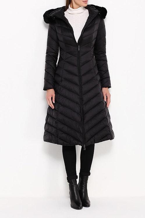 Куртка ниже колена на пуху