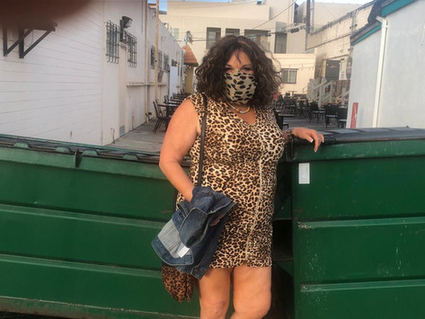 Vicki Barbolak is Performing in an Alley!