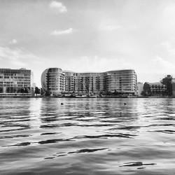 Mornings #thamespath #monochromemavens #london #thisislondon #bnw_kings #architecture #london_city_p