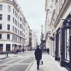 This city looks chic even on a cloudy day