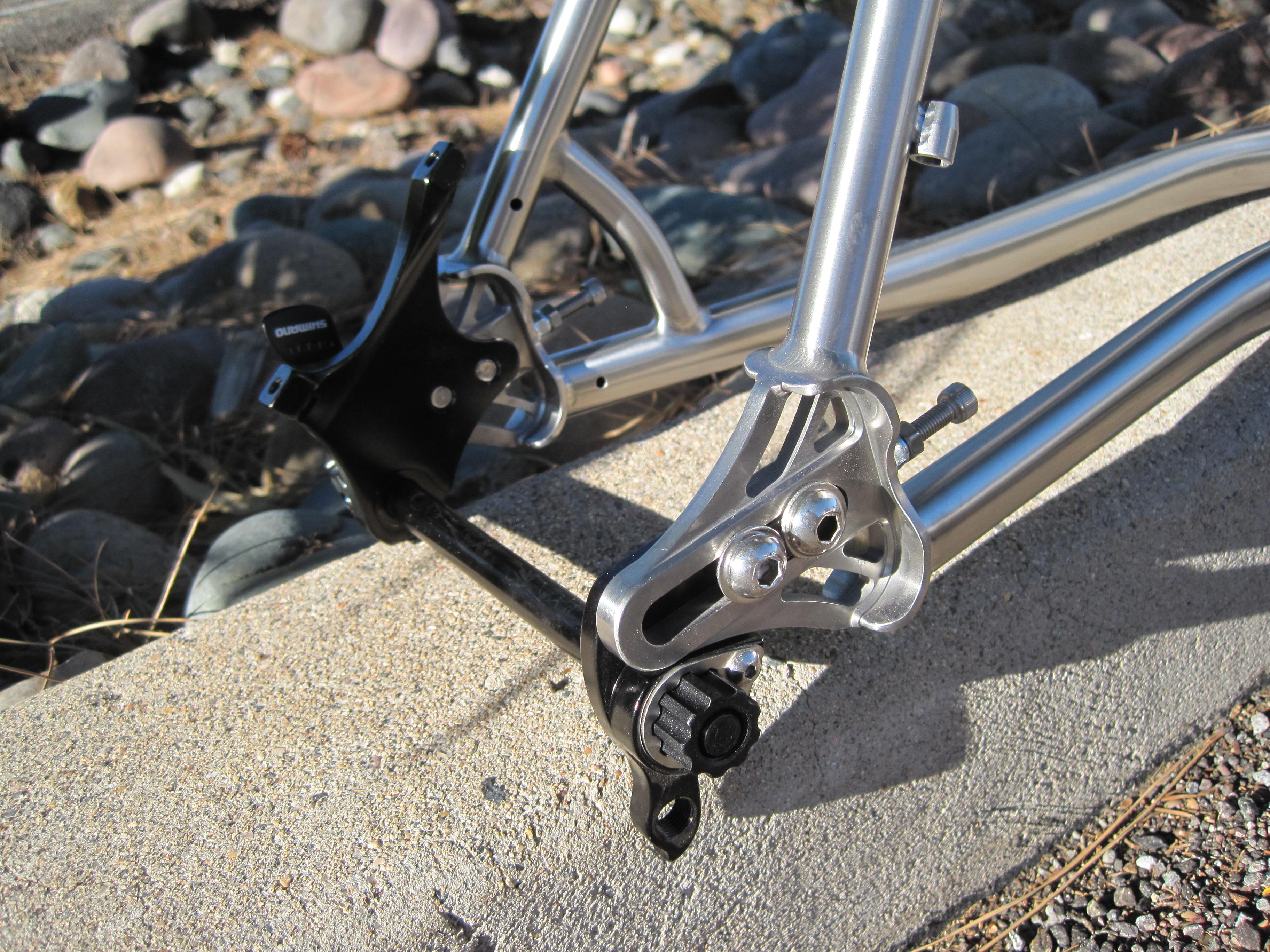 142 X 12mm Sliding rear drops