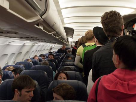 Retirada de passageiros por overbooking pode ser proibida no Canadá