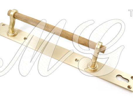 Ручки латунные парадные - правильный выбор. Компания Магрел рекомендует.