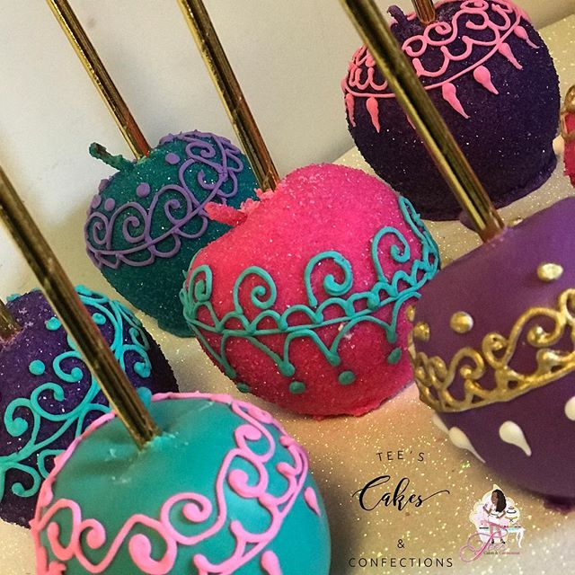 Moroccan themed apples 😍 🍫🍏💜💙💖