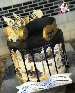 Another view of the Drip Cake for DJ Lawww 🎧🎂🎵🎤