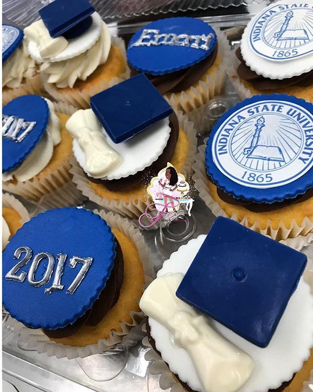 #IndianaStateUniversity #GraduationCupcakes
