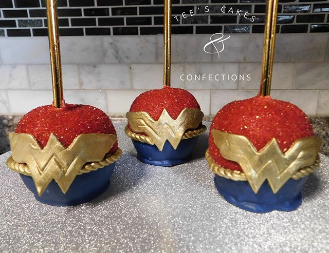 Wonder Woman Themed Chocolate Covered Ap