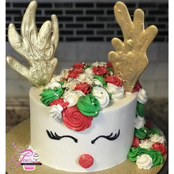 Happy Holidays from Tee's Cakes & Confections 🎂❤️💚🎄