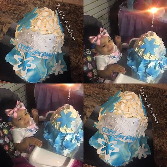 Frozen Themed Giant Cupcake