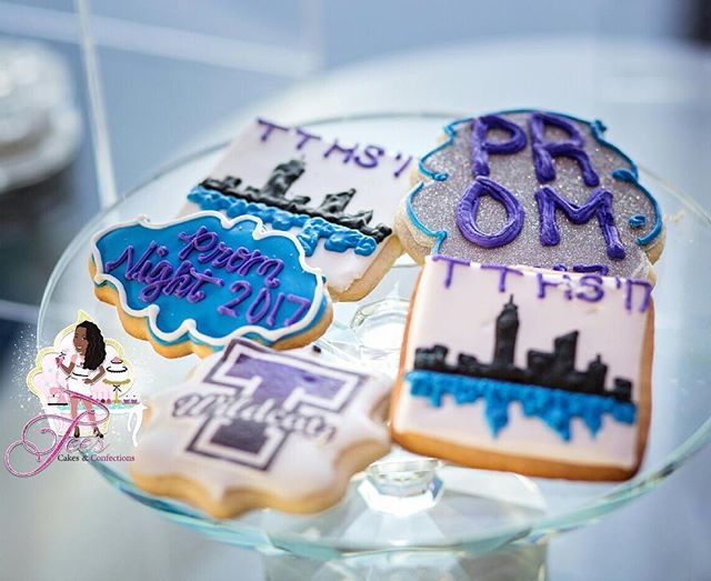 #PromCookies 💜💙 for Thornton Township High School!