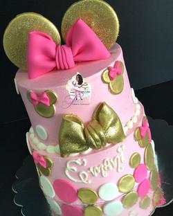 Gorgeous #minniemousecake for E'Mani's 10th Birthday! 🎀✨