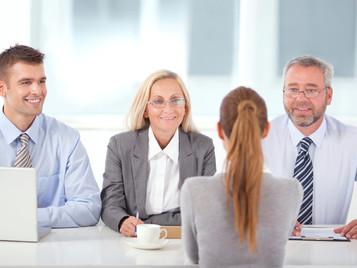 Busco Vendedor, ¿Senior de ventas o universitario con alto potencial?
