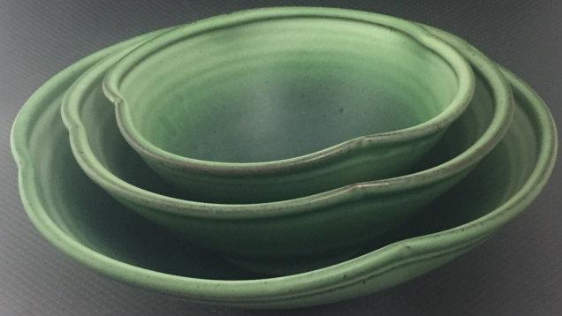 Light Reitz Green 3pc Flower Bowl Set