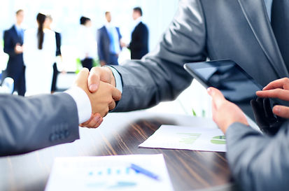 shutterstock_140871454_contract_manageme