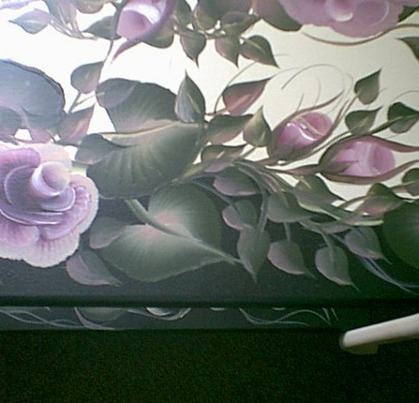 Close up of 2 shelf  rose table painted