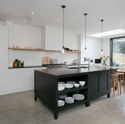 Latchmere Rd 38 - Kitchen .jpg