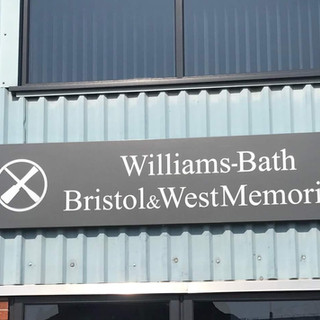 williams-removals-signage.jpg
